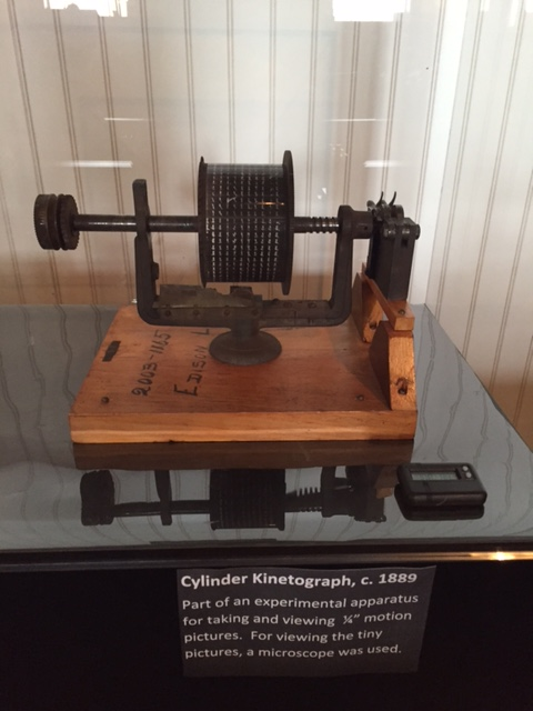 early motion picture viewer